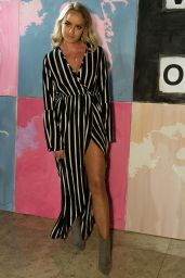 Daisy Robins -Vin + Omi Show, FW18 at London Fashion Week