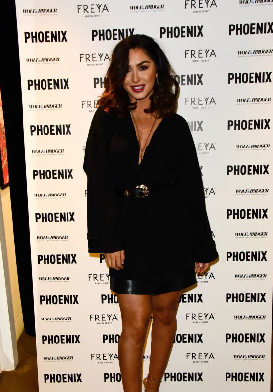 "Darby Ward – Wolf & Badger and Phoenix ""A Celebration of Independence"" Party at LFW"