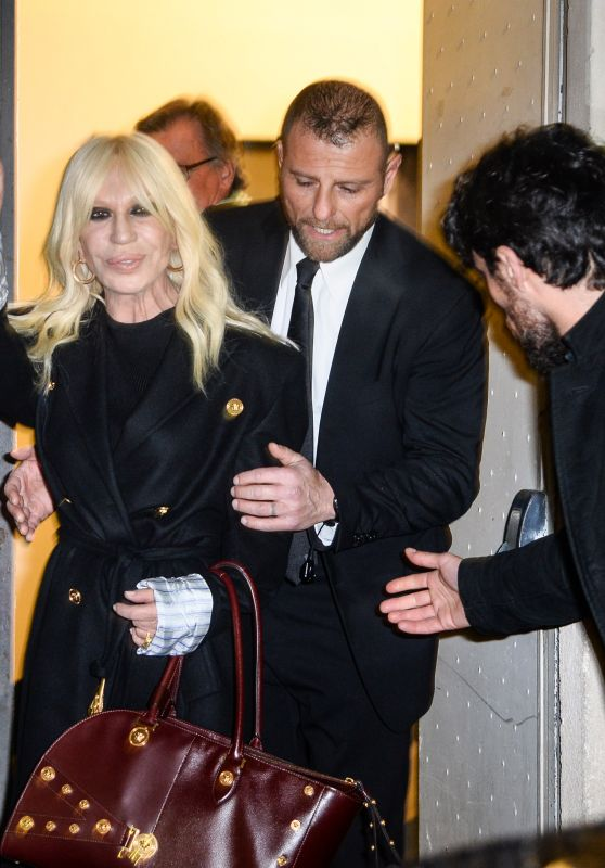 Donatella Versace – Arrive at Versace Fashion Show in Milan 02/23/2018
