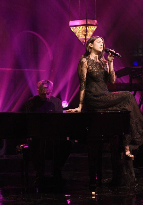 "Dua Lipa - Performs ""Homesick"" on Saturday Night Live in NYC"