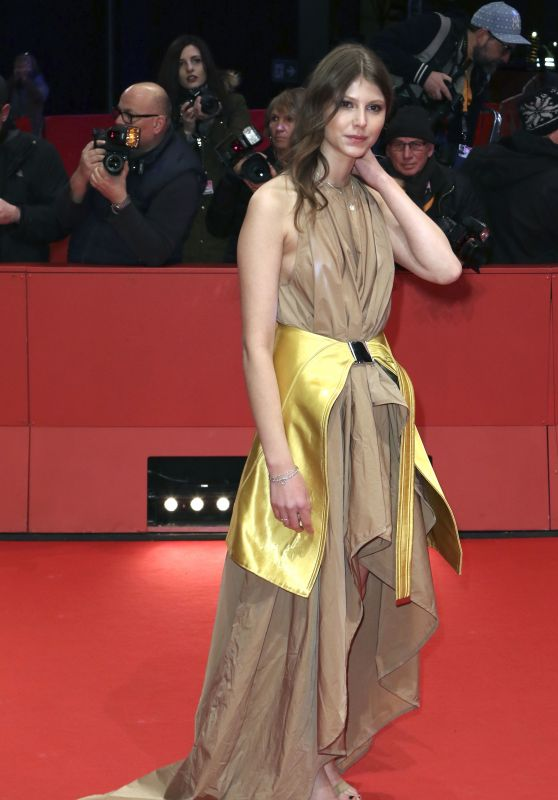 "Eili Harboe – ""3 Days in Quiberon"" Premiere at Berlinale 2018"