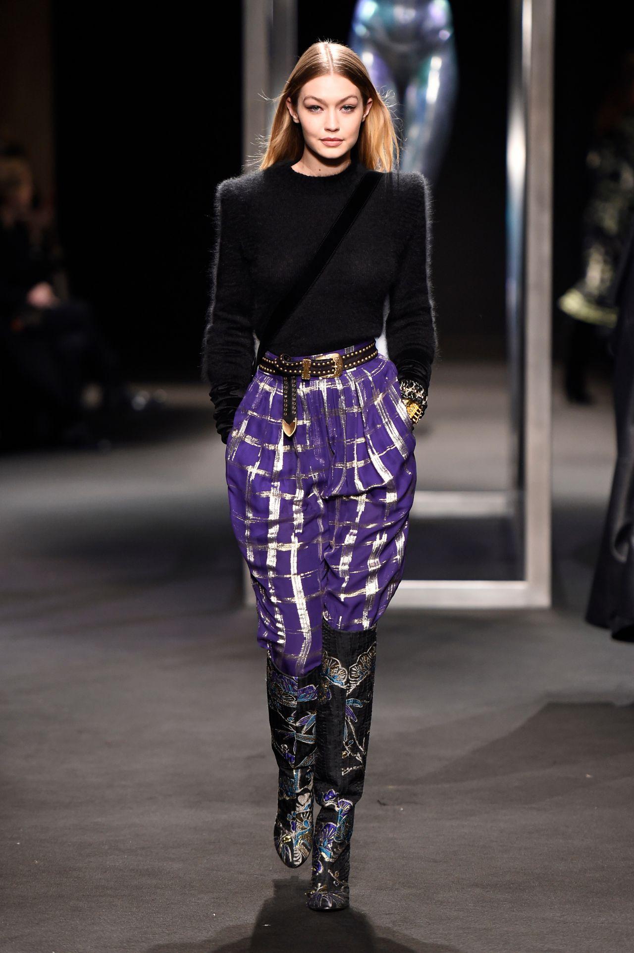 Gigi Hadid Supermodel Runway Walk Alberta Ferretti Show