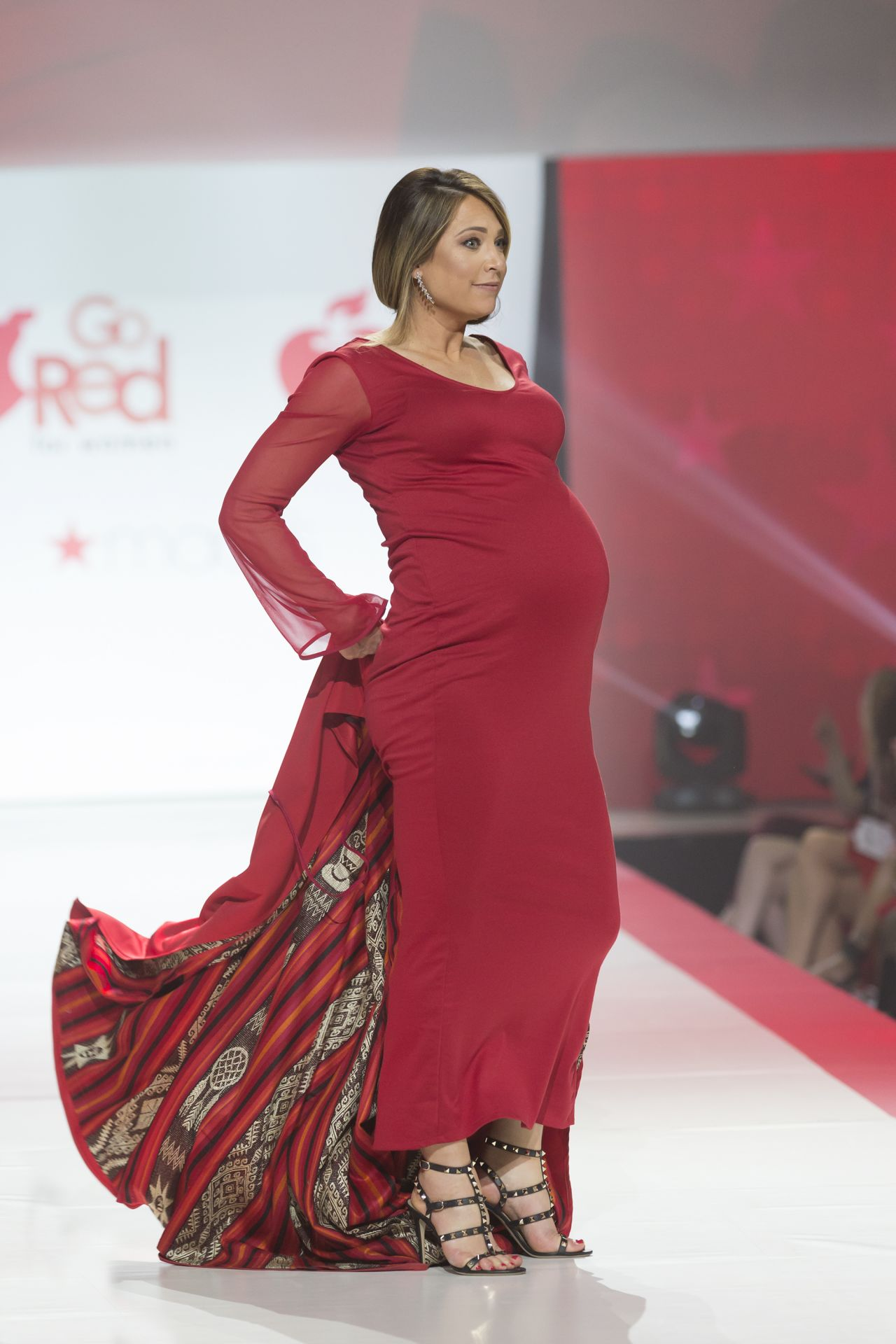 Go Red For Women Red Dress Collection 2017 Fashion Show