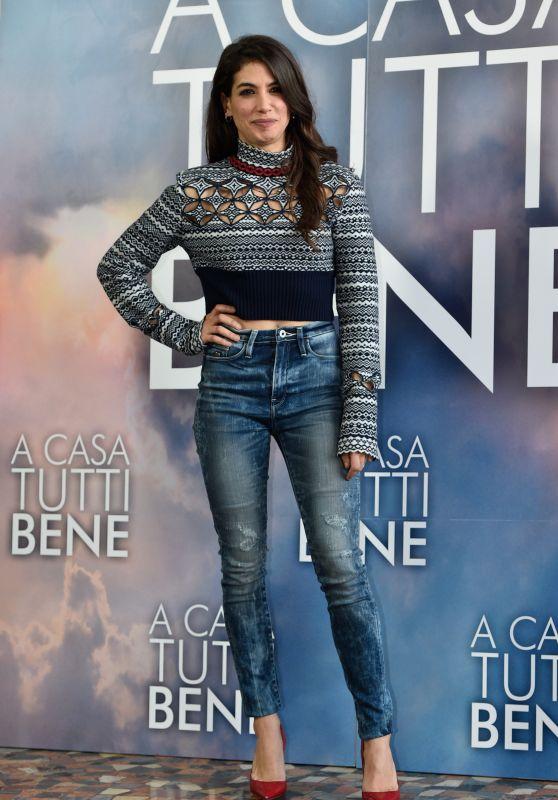 """Giulia Michelini – """"A Casa Tutti Bene"""" Photocall in Rome"""