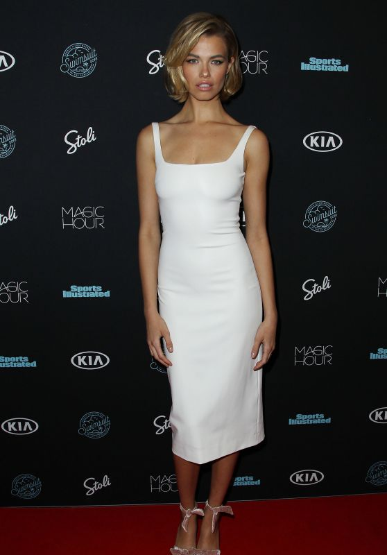 Hailey Clauson – 2018 Sports Illustrated Swimsuit Issue Launch