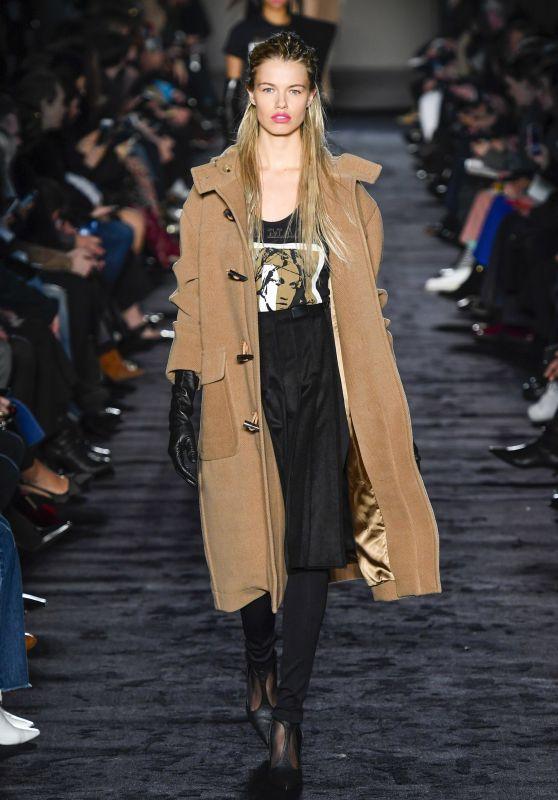 Hailey Clauson Walks Max Mara Fashion Show in Milan 02/22/2018
