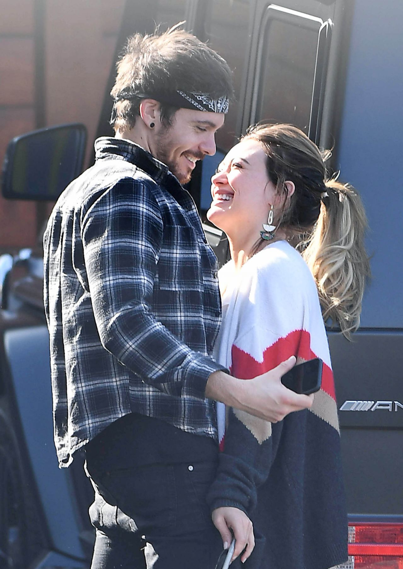 Hilary Duff Kisses Boyfriend Matthew Koma