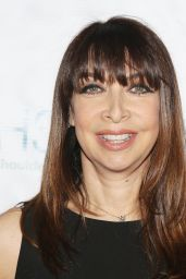 Illeana Douglas – 2018 Women's Image Awards
