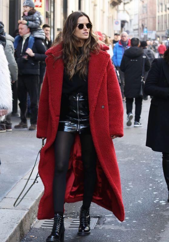 Izabel Goulart Style - Milan, Italy 02/25/2018