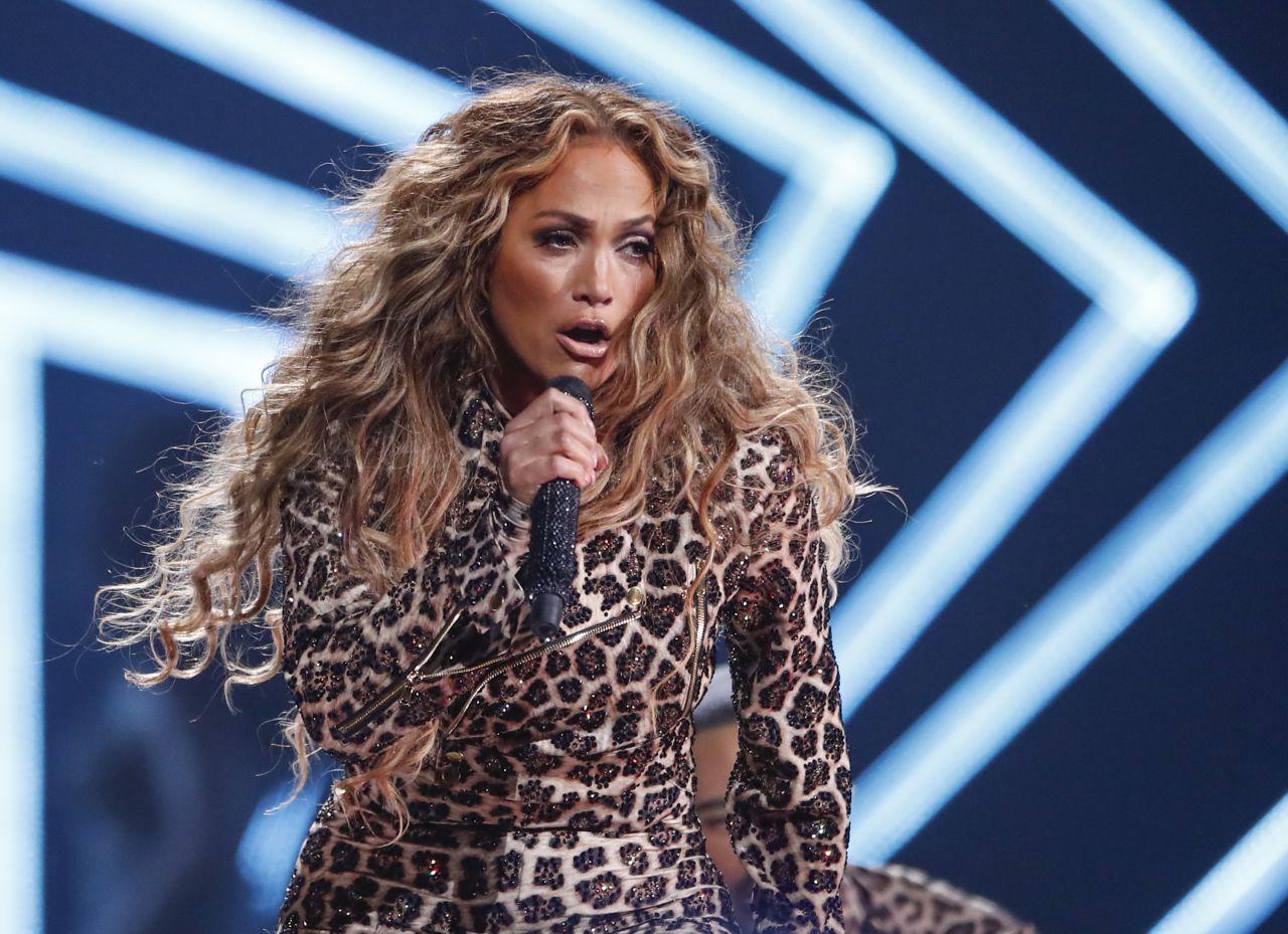 Jennifer Lopez Direct Tv Now Super Saturday Night In