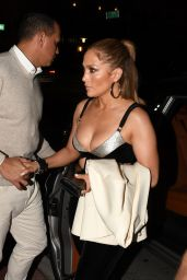 Jennifer Lopez Night Out - Casa Tua Restaurant in Miami