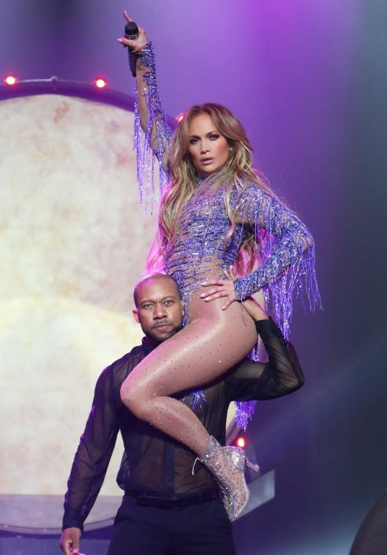 Jennifer Lopez Performs Live at The Axis In Planet Hollywood in Las Vegas 02/23/2018