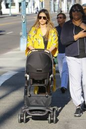 Jessica Alba Shopping in Beverly Hills 02/08/2018