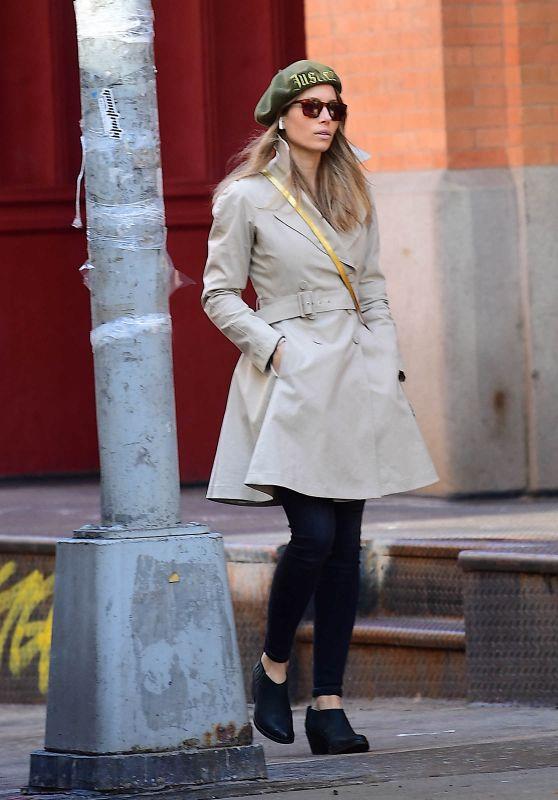 Jessica Biel Stroll around Her Tribeca Neighborhood