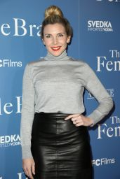 "June Diane Raphael – ""The Female Brain"" Premiere in Los Angeles"
