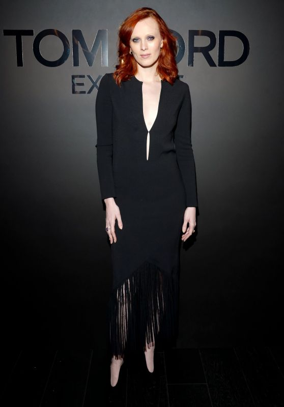 Karen Elson – Tom Ford: EXTREME Cocktail Party Fall Winter 2018 at NYFW