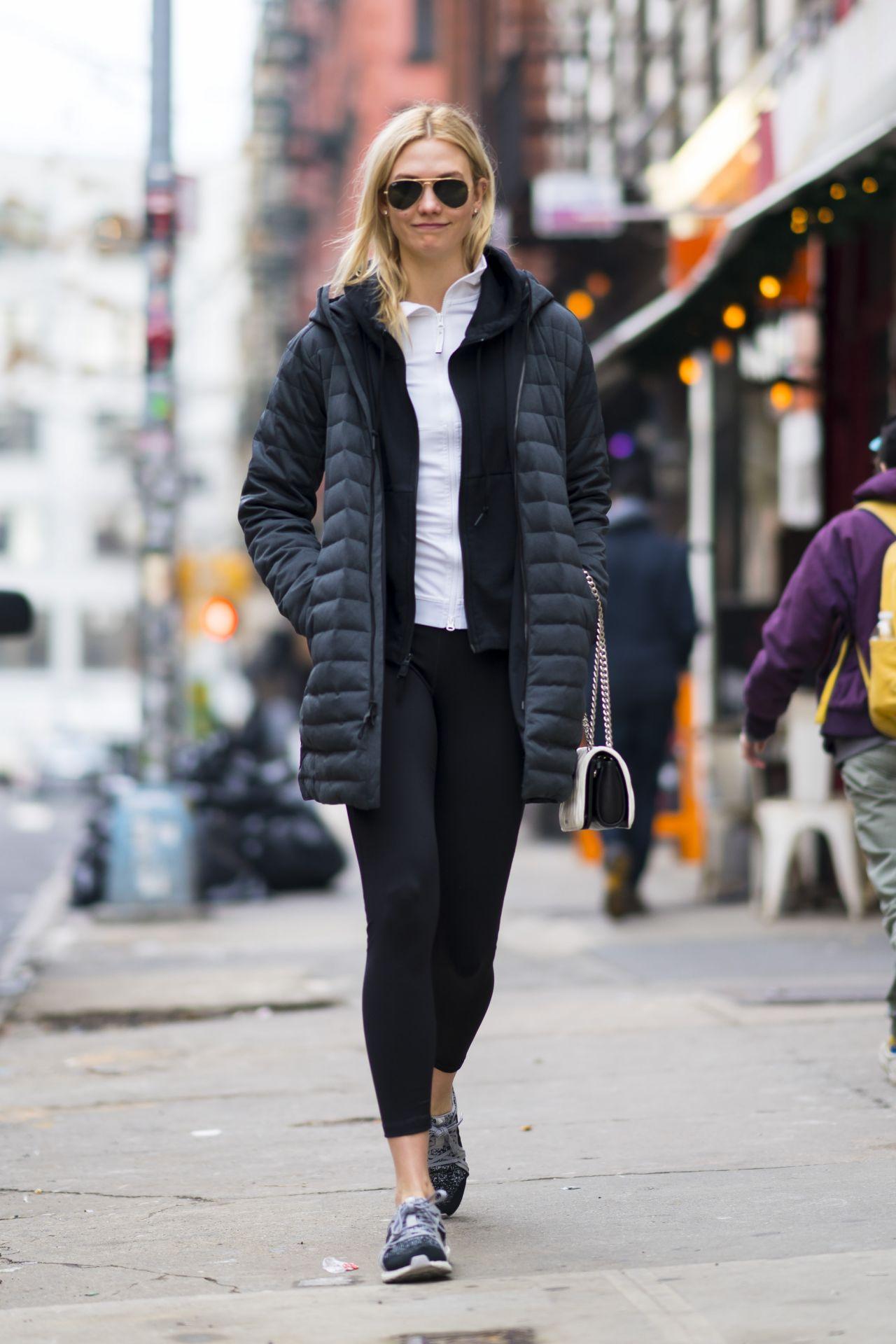 ee7085f20b9 Karlie Kloss Street Style - New York City 02 15 2018