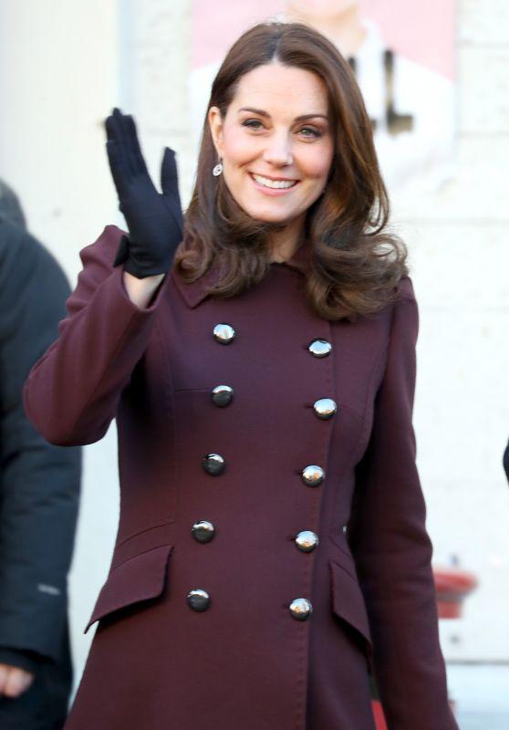Kate Middleton - Visits Hartvig Nissen School in Oslo