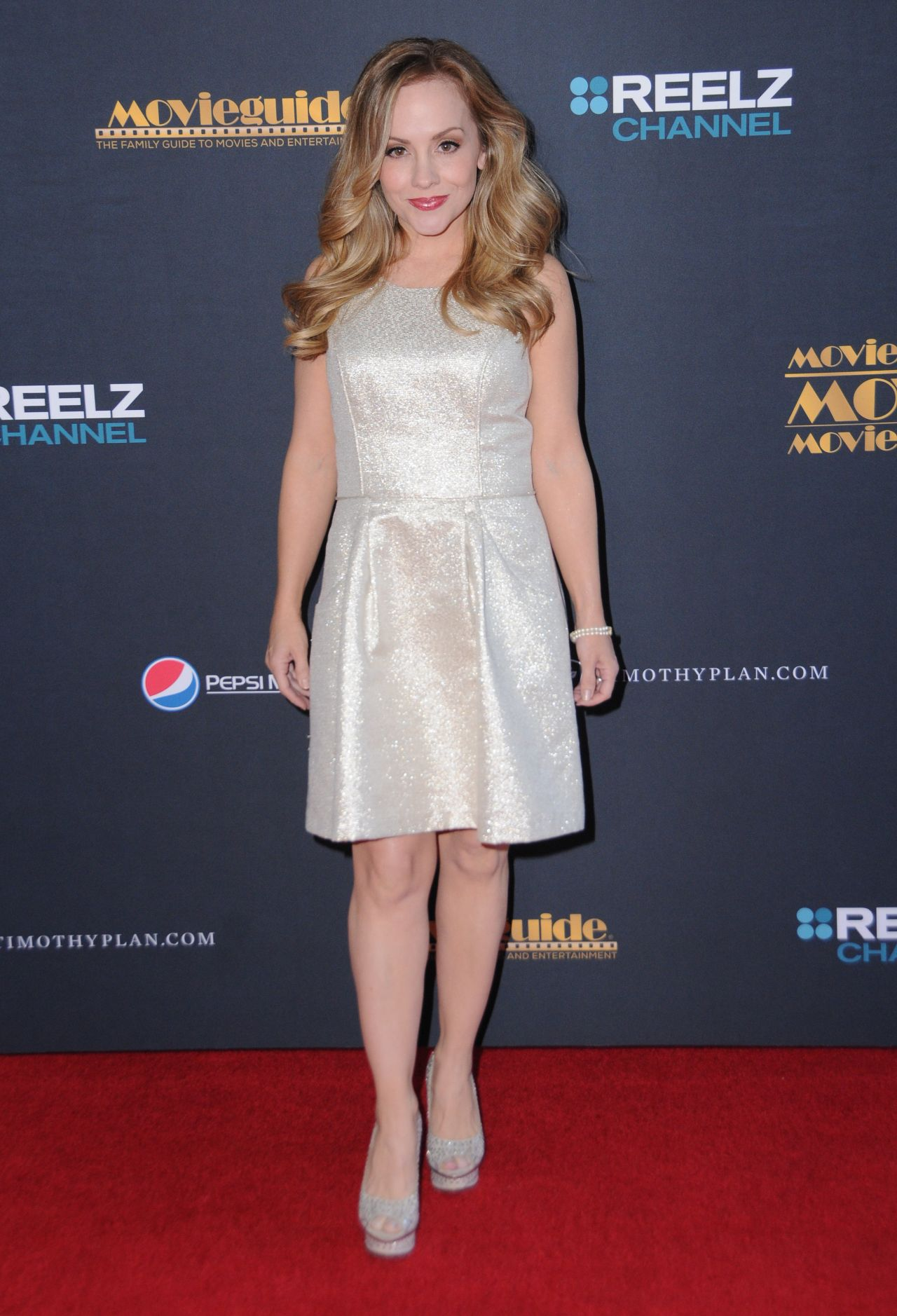 Kelly Stables Kelly Stables new picture