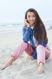Kelsey Leon - Social Media, February 2018