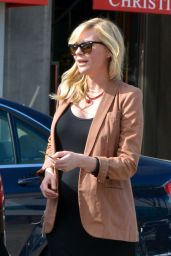 Kirsten Dunst at the Hair salon in West Hollywood 02/13/2018
