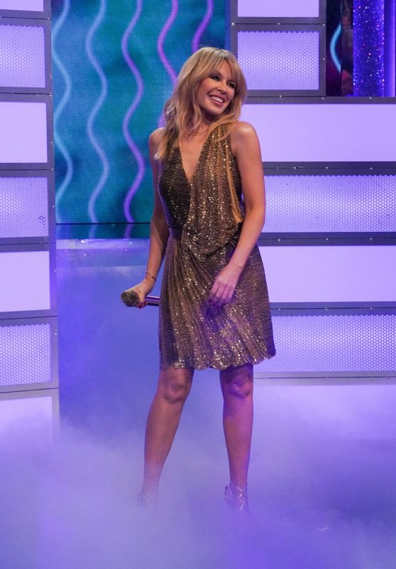 Kylie Minogue - Performing On Ant & Dec