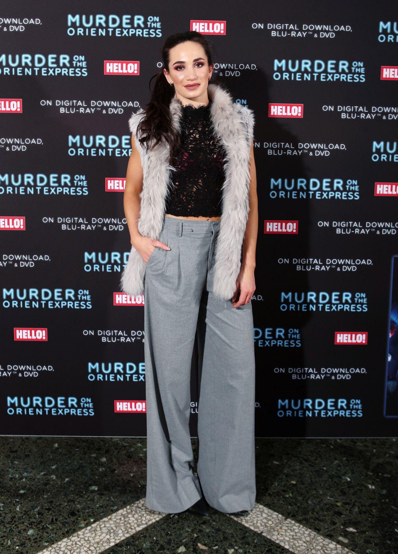 Laura wright vinomi fashion show in london - 2019 year