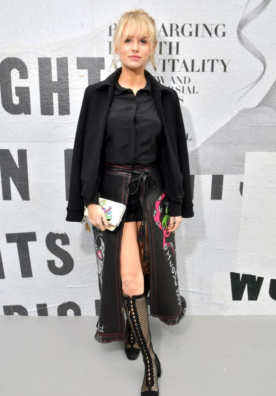 Lottie Moss – Christian Dior Show FW18 in Paris