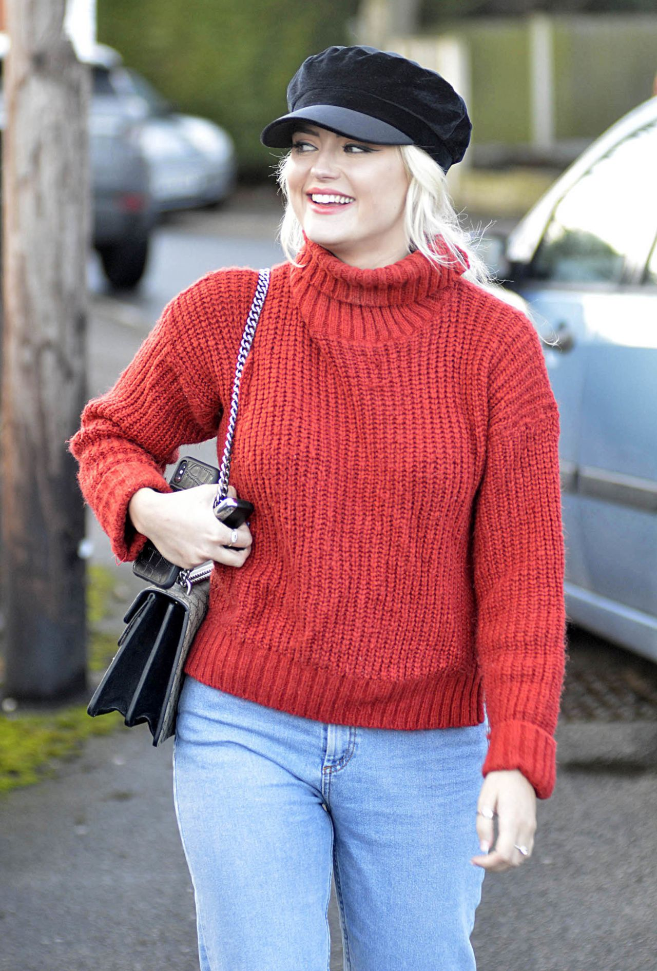 Lucy Fallon Out In Leeds 02 01 2018