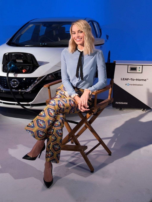 http://celebmafia.com/wp-content/uploads/2018/02/margot-robbie-confirms-new-formula-e-concept-livery-to-be-revealed-at-geneva-motor-show-1.jpg