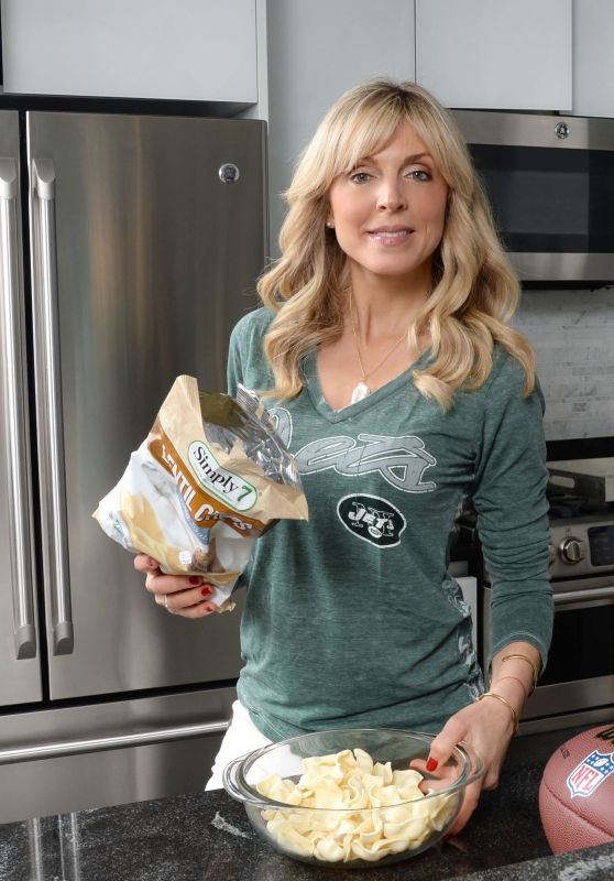 Marla Maples Getting Ready on Super Bowl Sunday