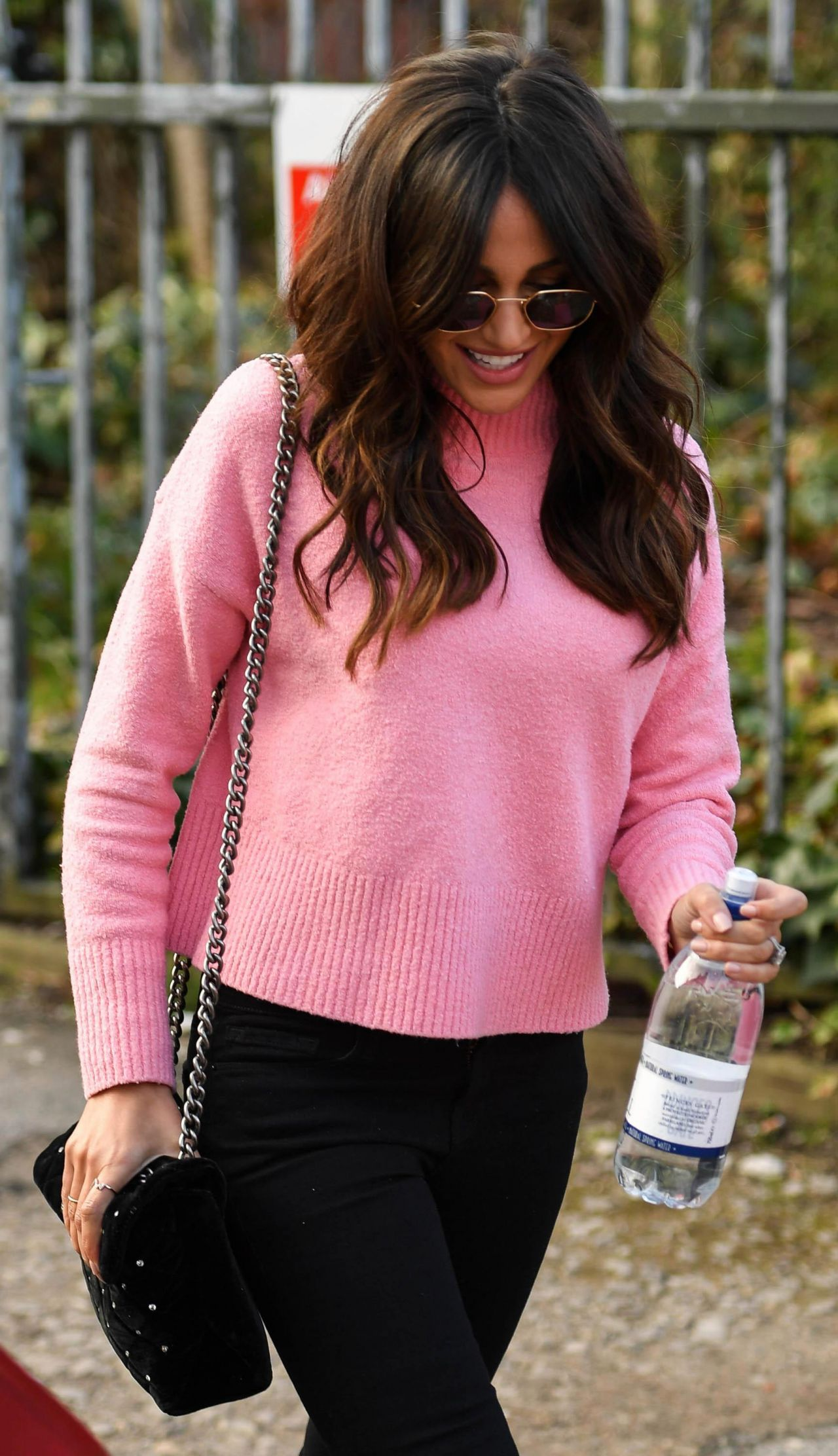 Michelle Keegan Filming Latest Project In Manchester 02