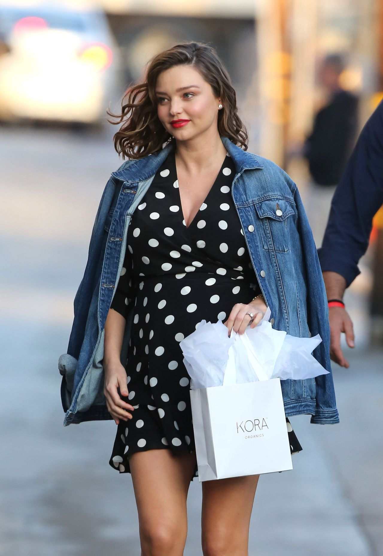 Miranda Kerr Arriving To Appear On Jimmy Kimmel Live In