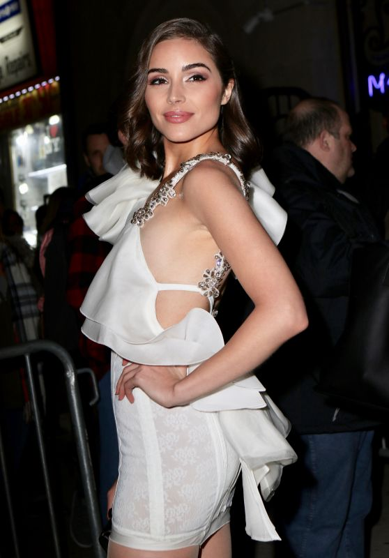 Olivia Culpo – 2018 Sports Illustrated Swimsuit Issue Launch