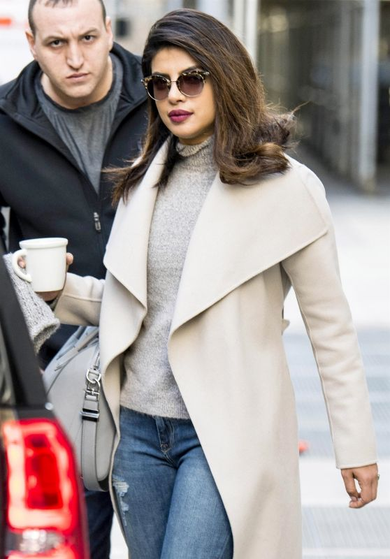Priyanka Chopra - Stops For Coffee on Her Way to Set for Filming in NYC