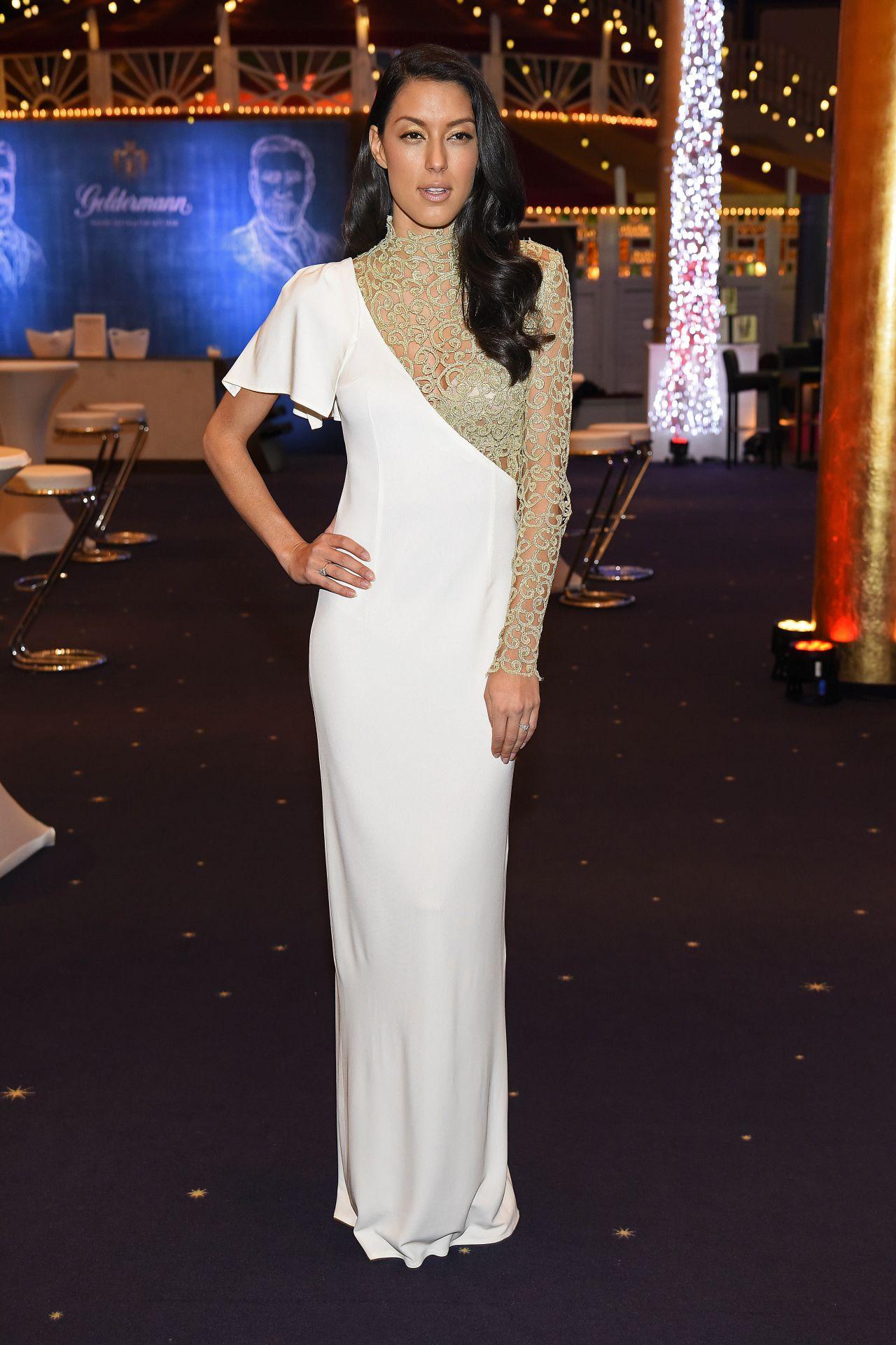 Rebecca Mir - Miss Germany 2018 • CelebMafia