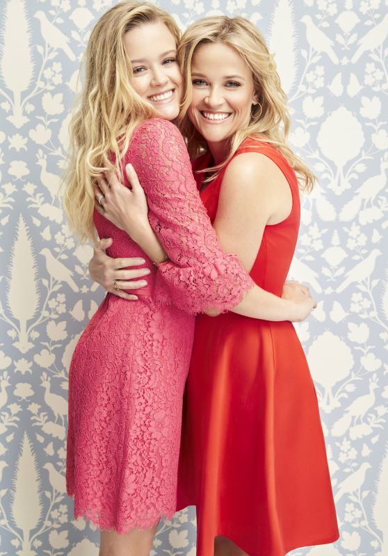 Reese Witherspoon and Ava Phillippe - Valentine