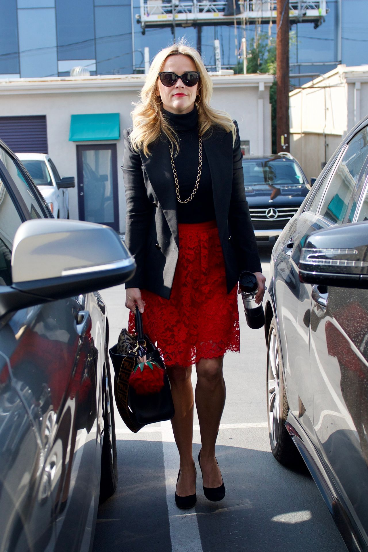 http://celebmafia.com/wp-content/uploads/2018/02/reese-witherspoon-out-in-los-angeles-02-05-2018-0.jpg