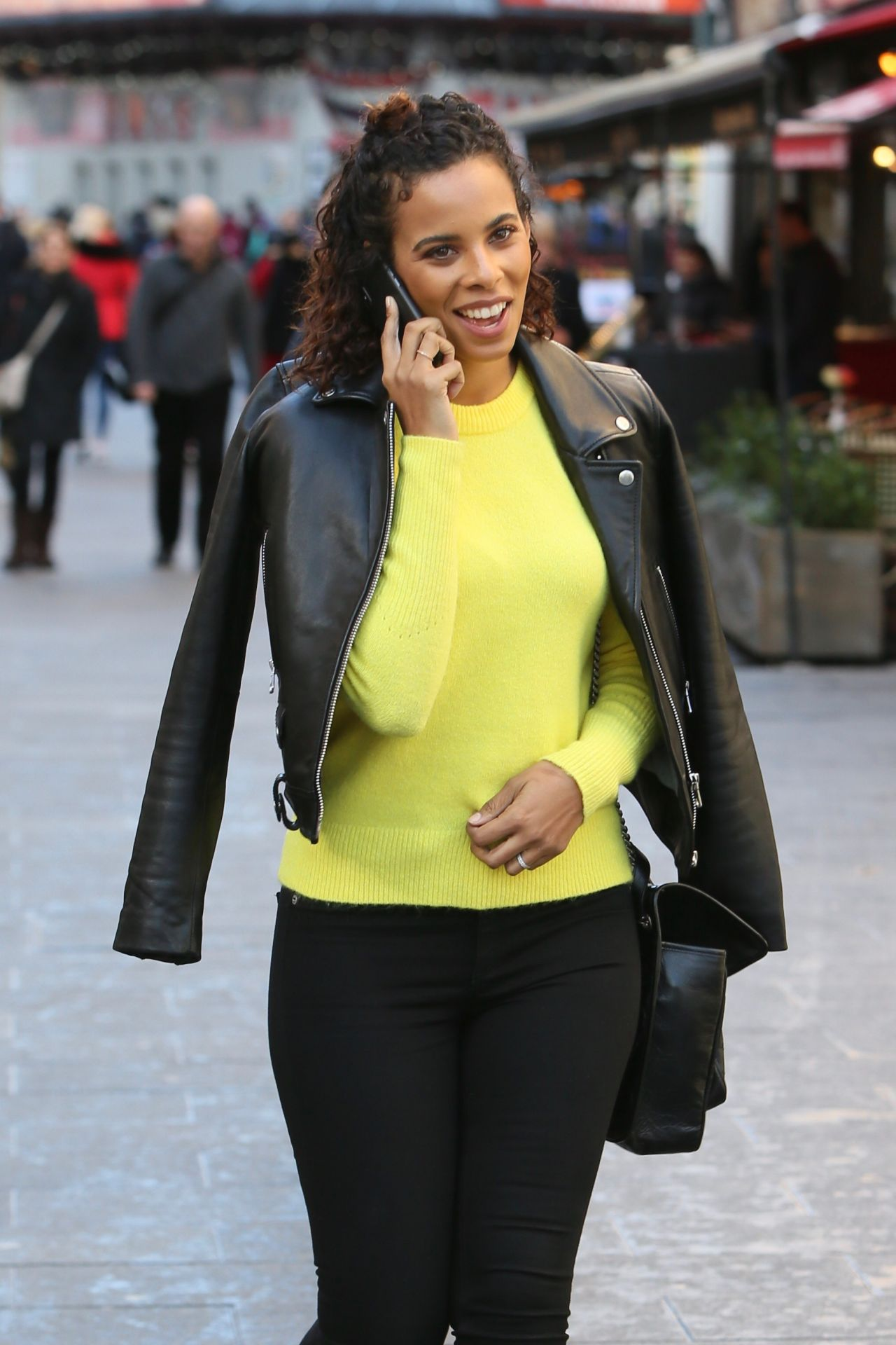 Rochelle Humes Style Global Radio Studios In London 02