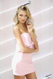Romee Strijd - VS Bomshell Seduction Fragrance in Miami