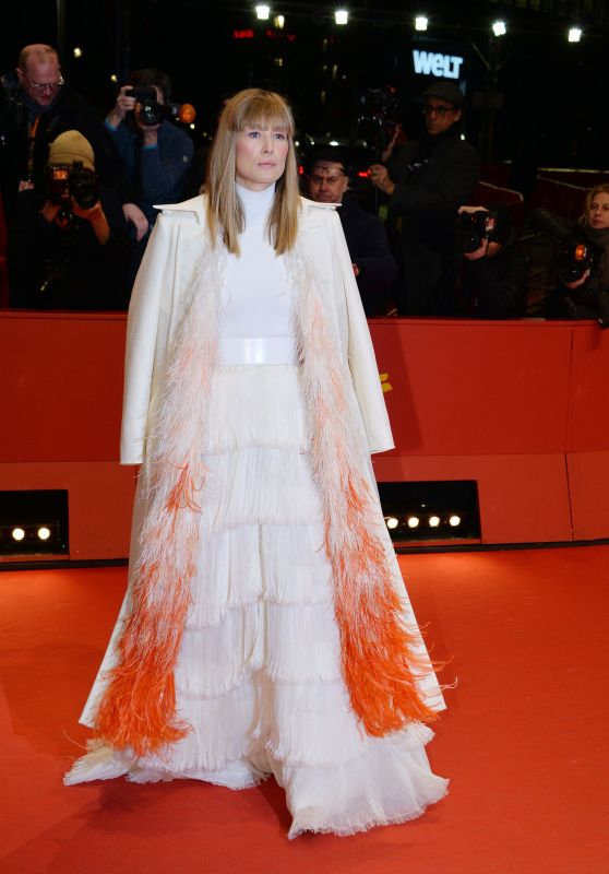 "Rosamund Pike - ""7 Days in Entebbe"" Premiere in Berlin"