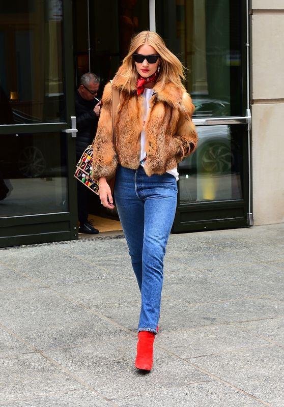 Rosie Huntington-Whiteley Street Fashion - New York City 02/10/2018