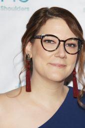 Sara Schaefer – 2018 Women's Image Awards
