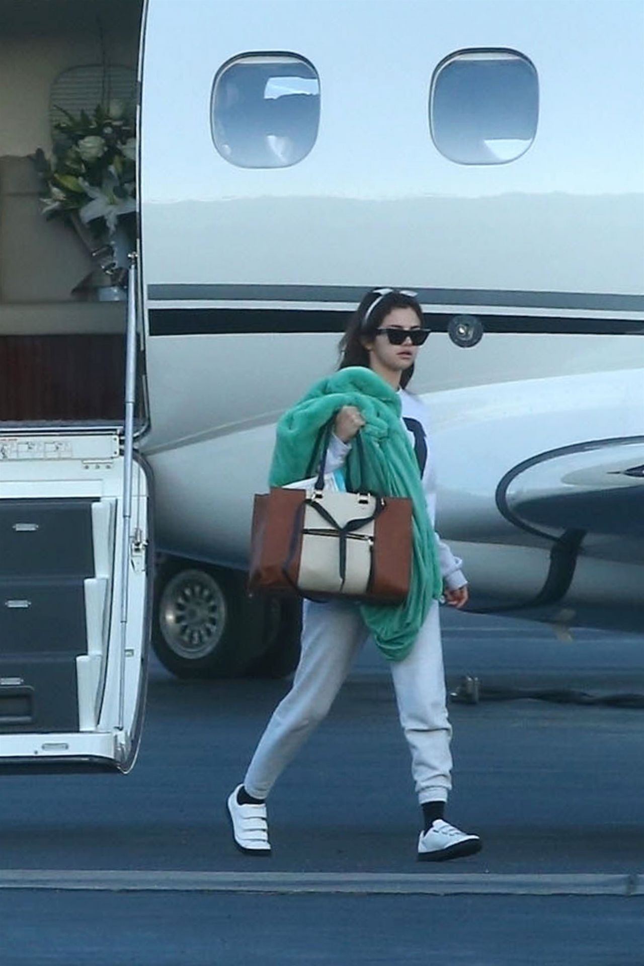 Selena Gomez Arriving On A Private Jet In Los Angeles