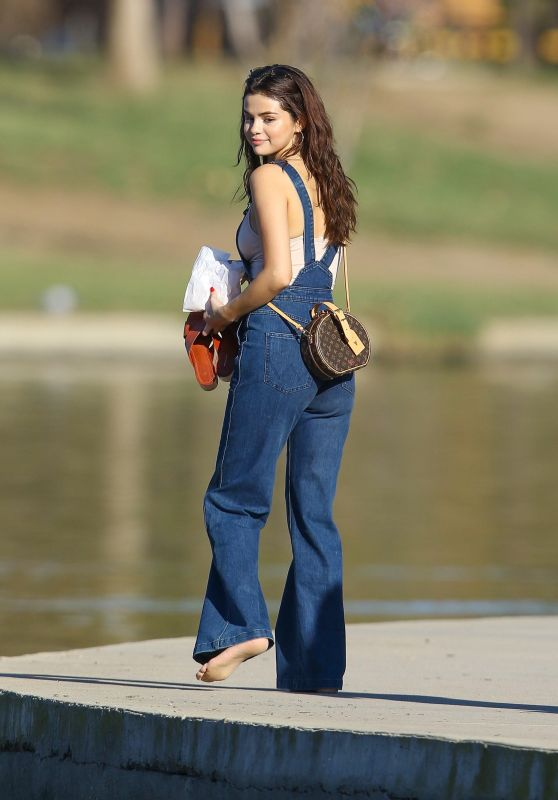 Selena Gomez at Lake Balboa Park in Encino