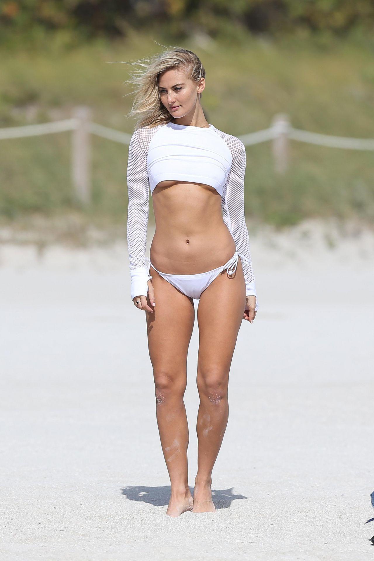 Selena Weber Nude Photos 43