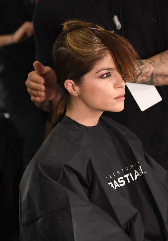Selma Blair - Backstage of Christian Siriano Show Fall Winter 2018, New York Fashion Week