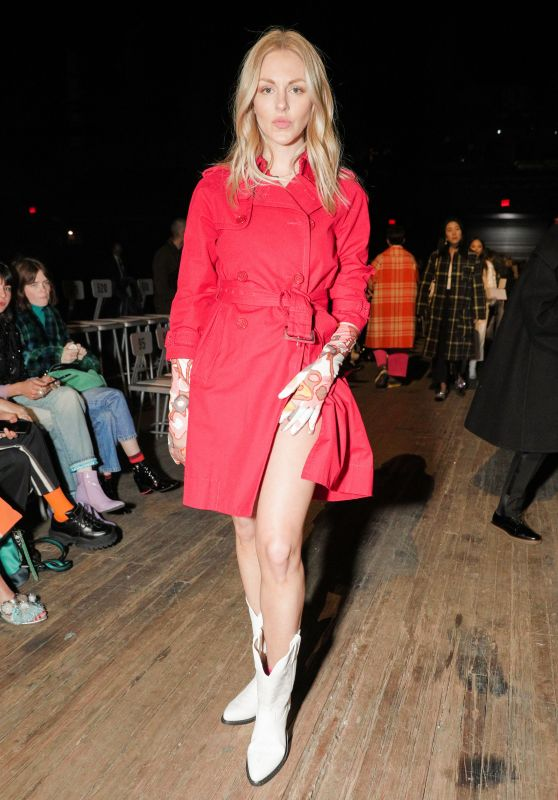 Shea Marie – Marc Jacobs Fashion Show, NYFW 02/14/2018