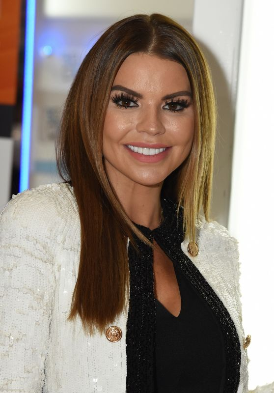 Tanya Bardsley - Professional Beauty Exhibition in London 02/26/2018