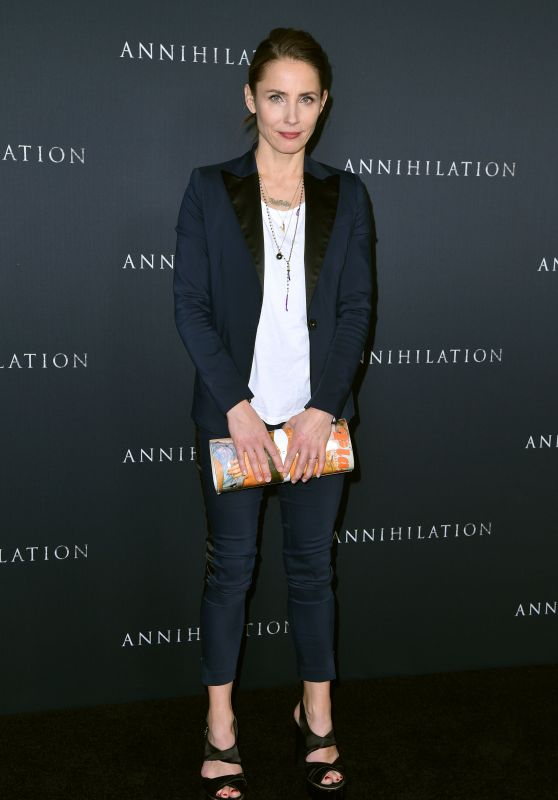 "Tuva Novotny – ""Annihilation"" Premiere in Los Angeles"
